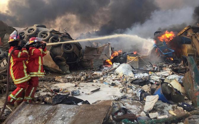 Plahvatuse tagajärgedega tegelemine Beirutis.