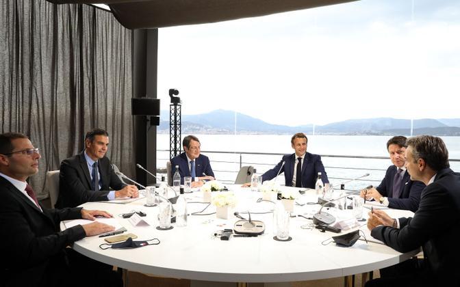 Prantsuse president Emmanuel Macron (keskel) võõrustas neljapäeval Korsikal Küprose, Hispaania, Itaalia, Kreeka ja Malta valitsusjuhte.
