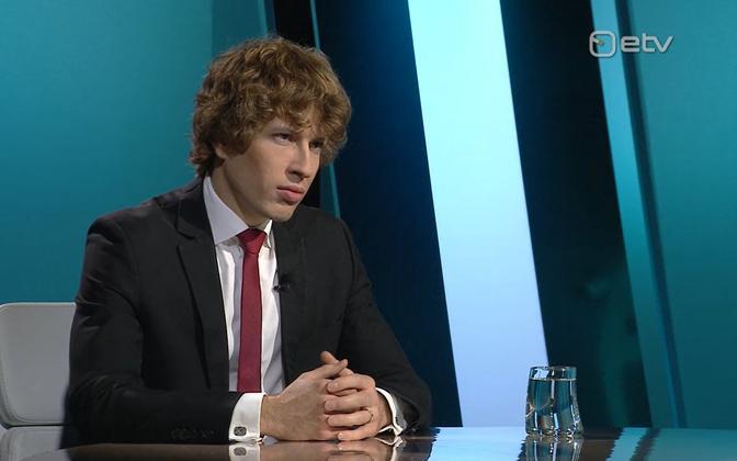 Social affairs minister Tanel Kiik (Center) on Wednesday's