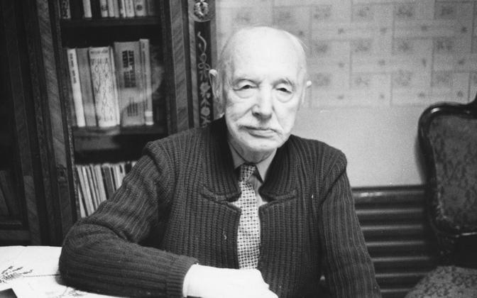 Valmar Adams 1989. aastal.