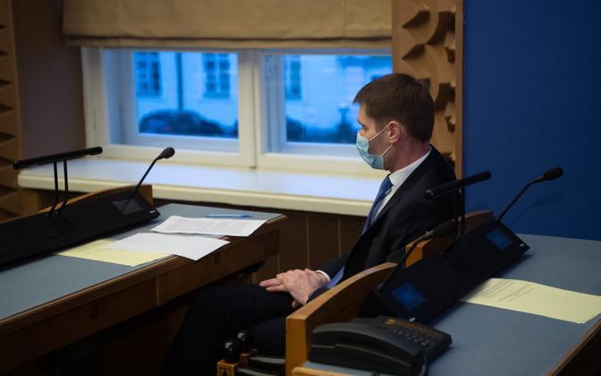 Margus Kurm, heading up the rival MS Estonia investigation, at the Riigikogu.