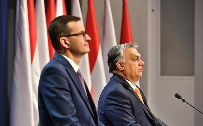 Poola peaminister Mateusz Morawiecki (vasakul) ja Ungari valitsusjuht Viktor Orban neljapäeval Budapestis.