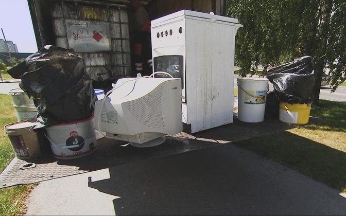 Сбор опасных отходов в Ласнамяэ тлетом этого года.