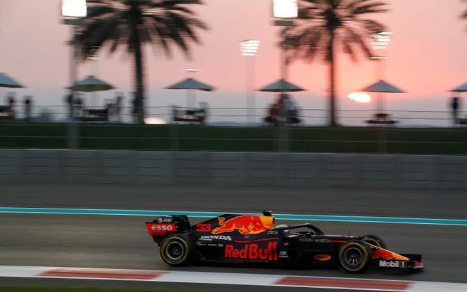 Max Verstappen võitis hooaja viimase vormel-1 MM-etapi