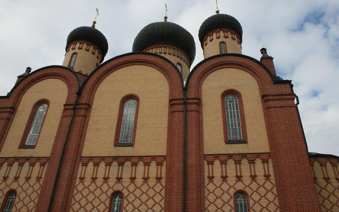 Пюхтицкий монастырь.