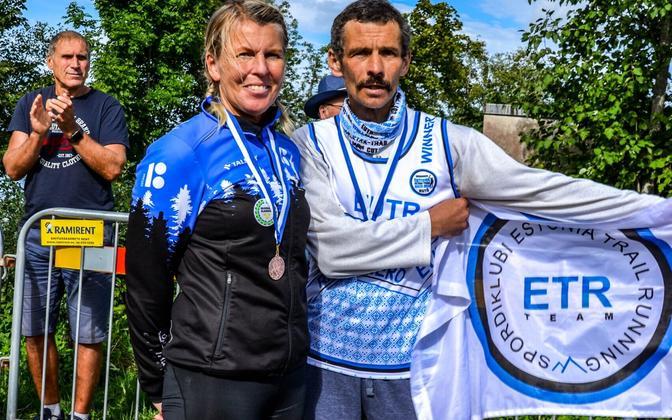 Raili Rüütel ja Vladimir Frolov valiti Eesti 2020. aasta parimateks ultrajooksjateks.