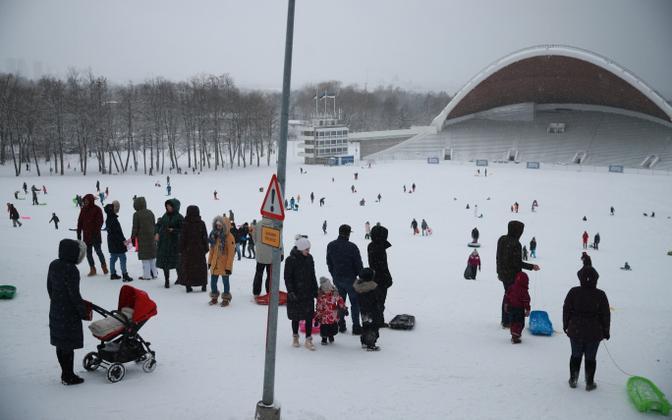 Kui inimesed jätkuvalt ettevaatlikud on, saab piiranguid leevendada ka Tallinnas, Harjumaal ja Ida-Virumaal.