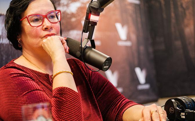 Toomas Sildam's interview with Katri Raik.