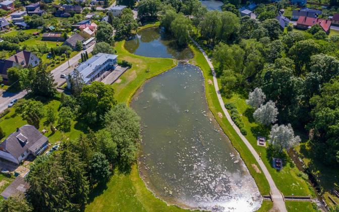 Gdovi põhjaveekogumi suuremad kasutajad jäävad Rakvere, Kohtla-Järve, Jõhvi ja Kiviõli linna ning Aseri alevikku.