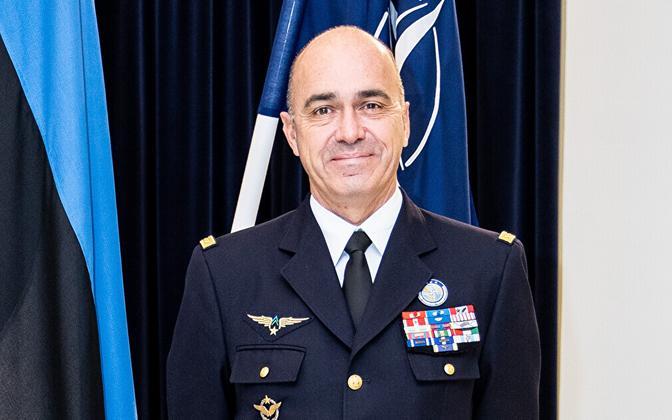 Главнокомандующий Командования НАТО по трансформации генерал Андре Ланата.