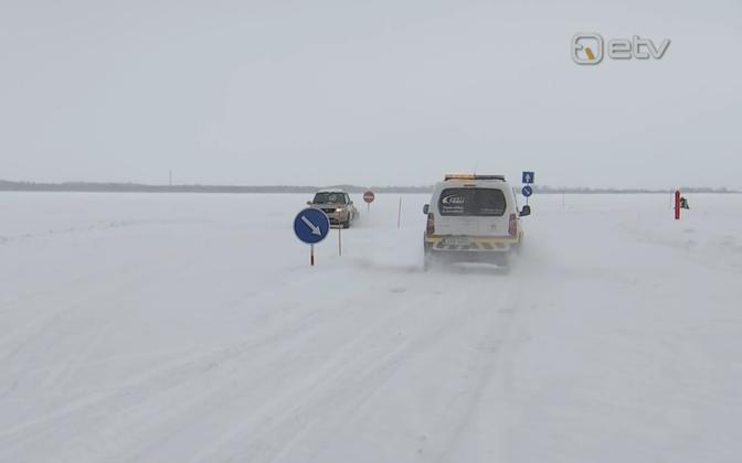 Ice road to Piirissaare island off the shore of Peipsi Järv.
