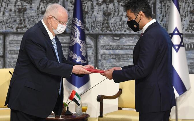 Iisraeli president Reuven Rivlin ja Araabia Ühendemiraatide suursaadik Mohamed Al Khaja.