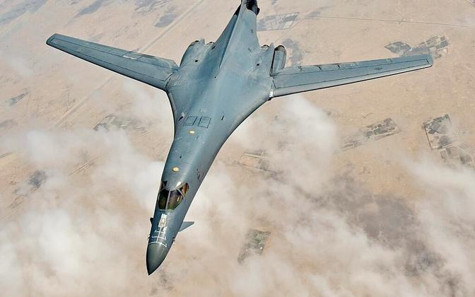 Rockwell B-1B Bomber.