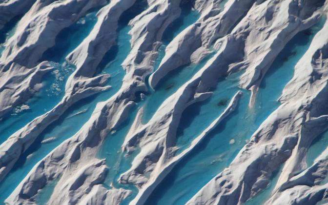Põhja-Jäämerre tekkis jäiste seintega bassein, mis jää sulades hakkas täituma mageda sulaveega.