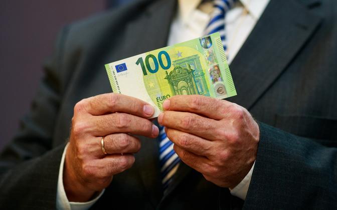100 eurot.