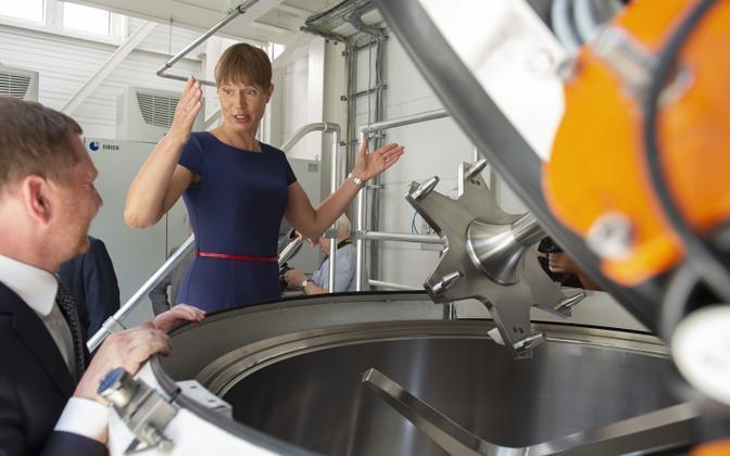 Eesti president Kersti Kaljulaid Saksamaal Skeletoni tehases