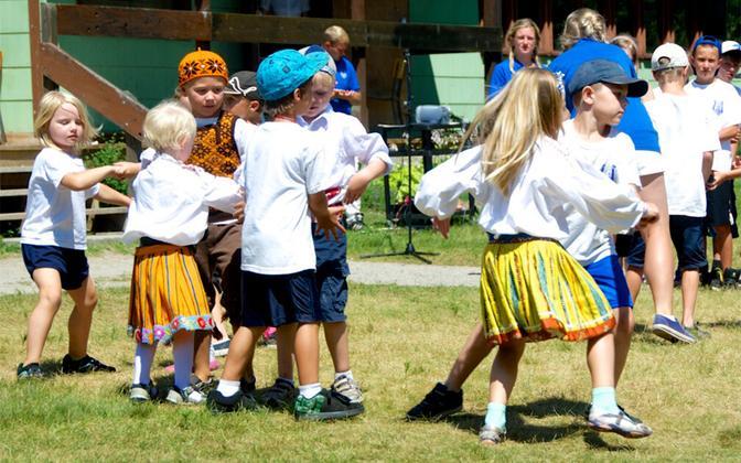 Folk dancing at Jöekääru children's summer camp north of Toronto.