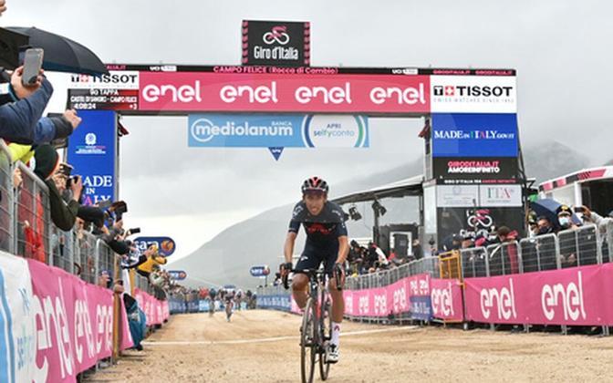 Egan Bernal oli Giro üheksandal etapil kiireim rattur.