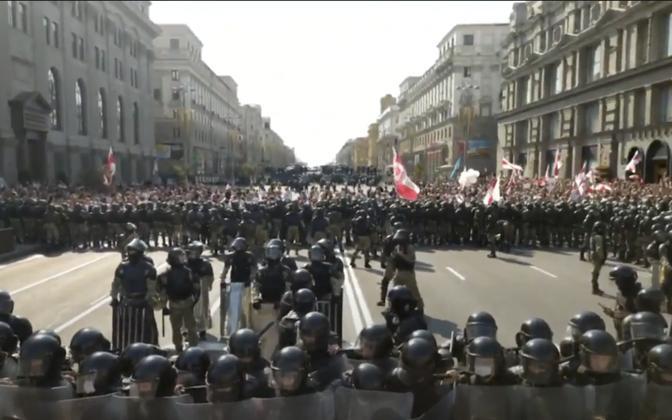Belsati telejaama filmitud meeleavaldus Valgevenes