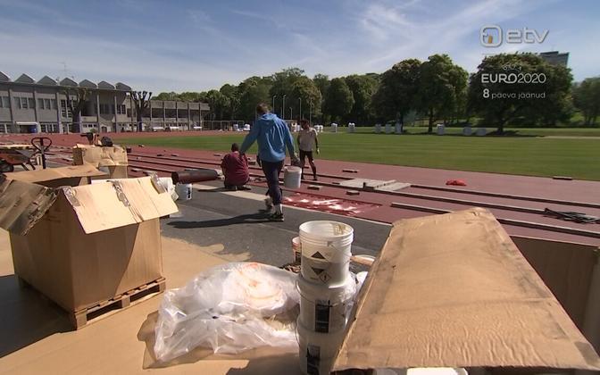 Preparation works at Kadriorg Stadium.