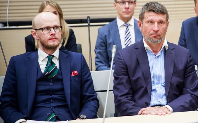 Kaitsja Paul Keres ja Tallinna Sadama eksjuht Ain Kaljurand kohtus.