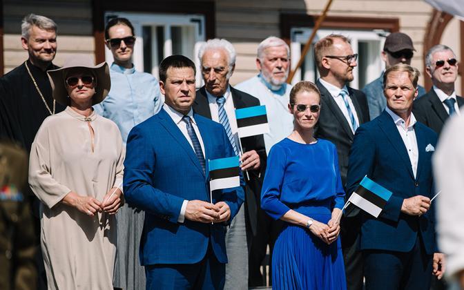 Jüri Ratas ja Kaja Kallas võidupüha paraadil.