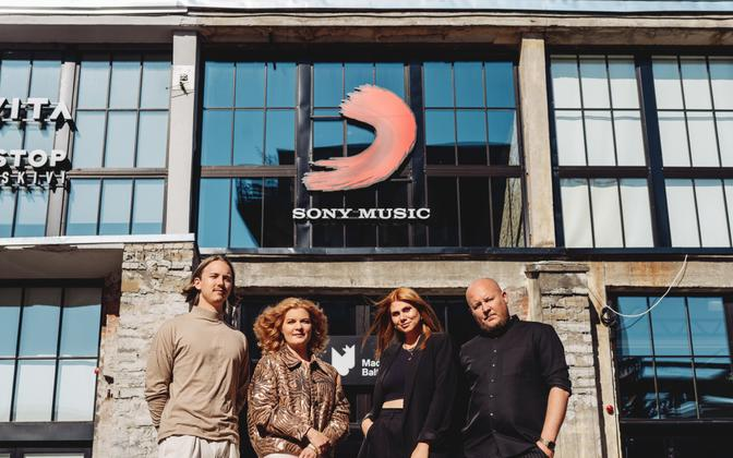 Sony Musicu kohalikule talendile pühendatud tiim: Karl Tamm, Kaisu Pulli, Irene Kivi ja Bert Prikenfeld