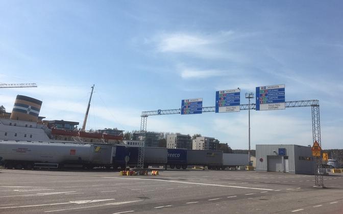 Soome peab oluliseks, et heitkogustega kauplemisel arvestataks talvist laevaliiklust. Pildil Turu sadam.