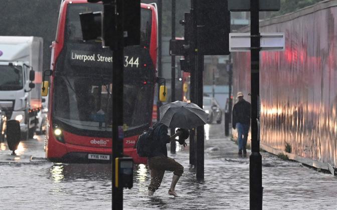 Наводнение в Лондоне.