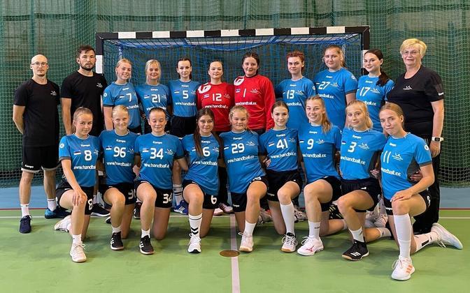 Eesti U-17 käsipallinaiskond.
