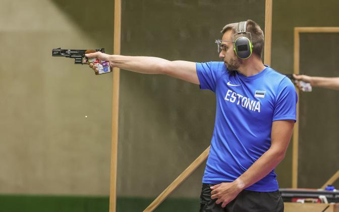 Пеэтер Олеск во время квалификационных соревнований.
