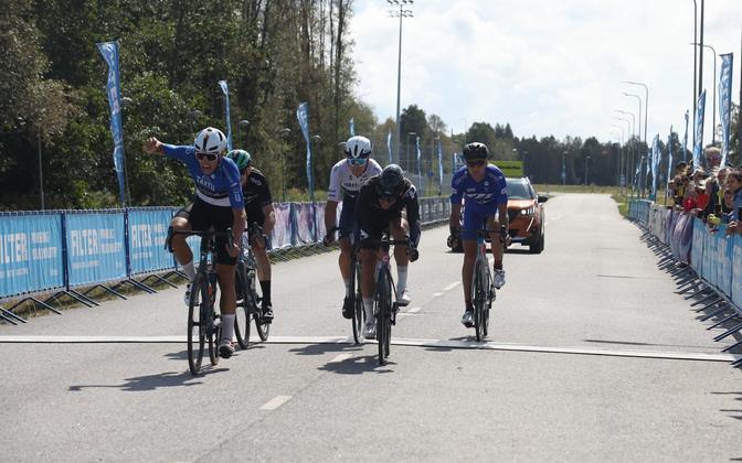 Sportsõidu finiš, mille võitis Madis Mihkels