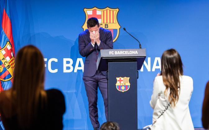 Barcelonast lahkumine katkestas Messi 21-aastase suhte Kataloonia klubiga