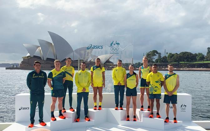 Austraalia sportlased Tokyo olümpiamängude koondisevorme esitlemas