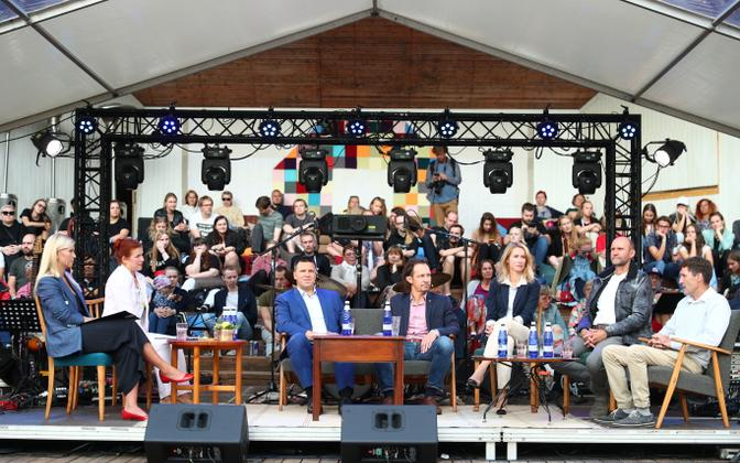 Parliamentary chairmen debate at the Paide Opinion Festival.
