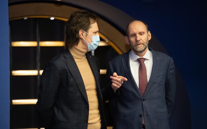 SDE chairman Indrek Saar and Isamaa leader Helir-Valdor Seeder.