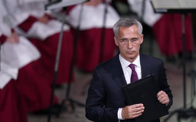 Генсек НАТО Йенс Столтенберг обвиняет афганское руководство.