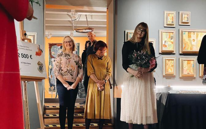 Adamson-Ericu nimelise noore kunstniku stipendiumi pälvis Maryliis Teinfeldt-Grins