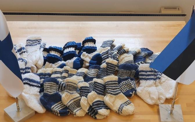 Blue, black and white flags were knitted by the Tampere Tartu Society to mark the 30th anniversary of Estonian independence.
