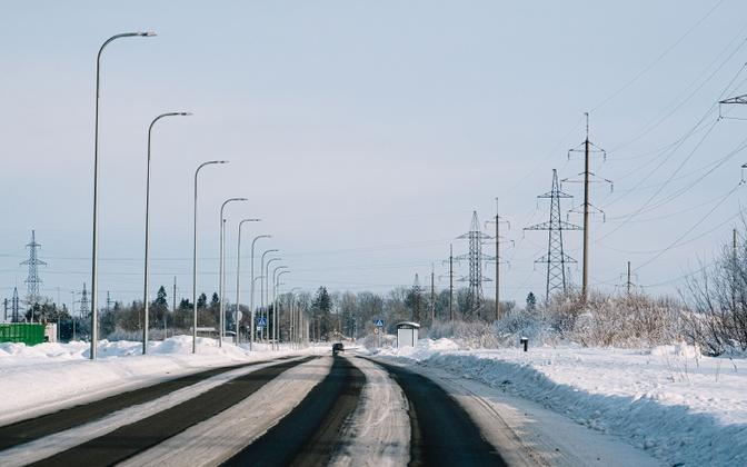 Kui kõik asjatundjad milleski veel nõustuvad, siis selles, et heitliku ilmaga Eesti talved kahjustavad teid ja raskendavad tee-ehitust.