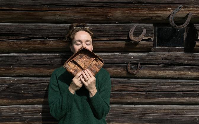 Kirjanik Eva Koff.