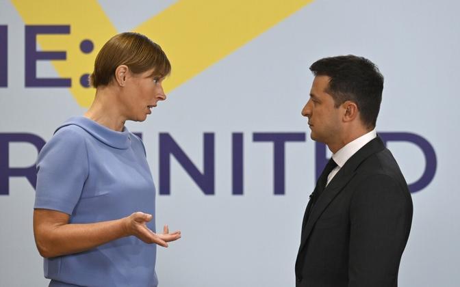 Президент Эстонии Керсти Кальюлайд и лидер Украины Владимир Зеленский на саммите