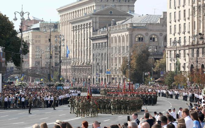 Парад в Киеве по случаю Дня независимости 24 августа.