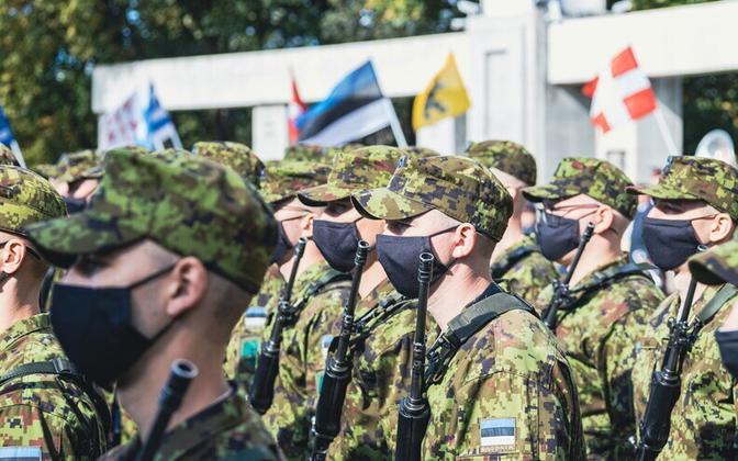 Почти 1900 солдат срочной службы присягнули Эстонии.