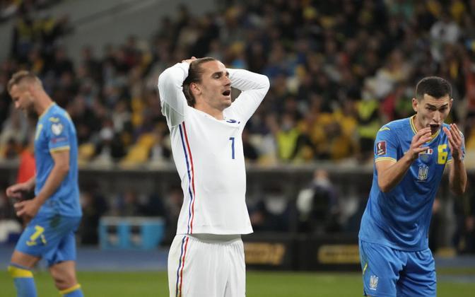 Pettunud Antoine Griezmann mängus Ukrainaga.