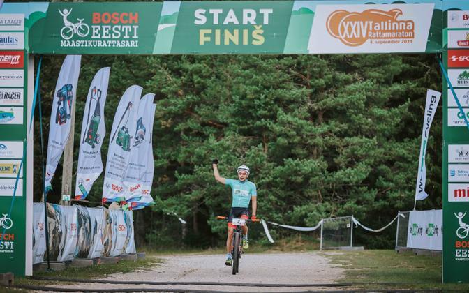 Martin Loo 24. Tallinna rattamaratoni finišis.