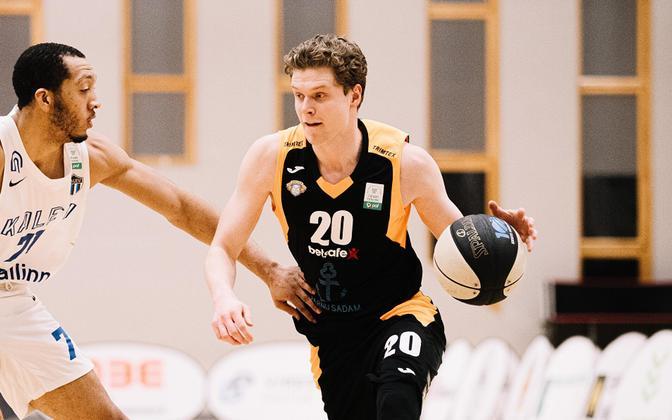 Robert Valge viis Pärnu Sadama võidule.