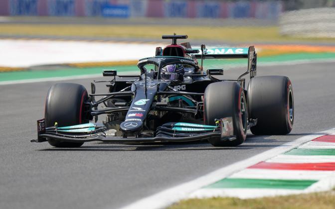 Lewis Hamilton (Mercedes) Itaalia GP-l.