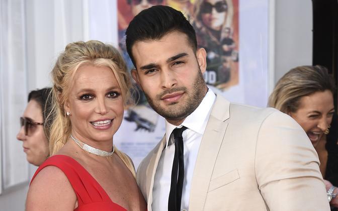 Britney Spears ja Sam Asghari on kihlunud.