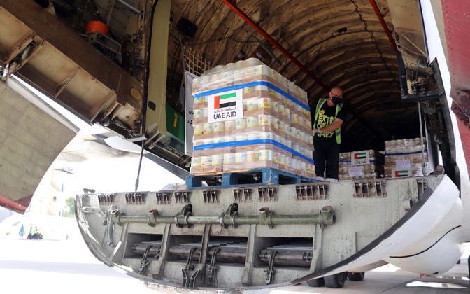Kriisis Afganistani saabub lennukitel humanitaarabi.